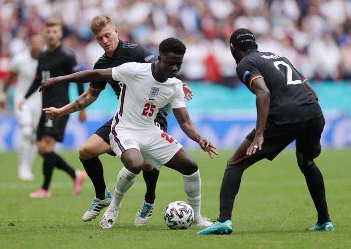 Tiễn Đức về nước, Anh thẳng tiến vào tứ kết Euro 2020 - VTC Now