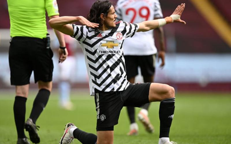 Man Utd ngược dòng đánh bại Aston Villa, Real Madrid -bắn vào chân- trong cuộc đua vô địch