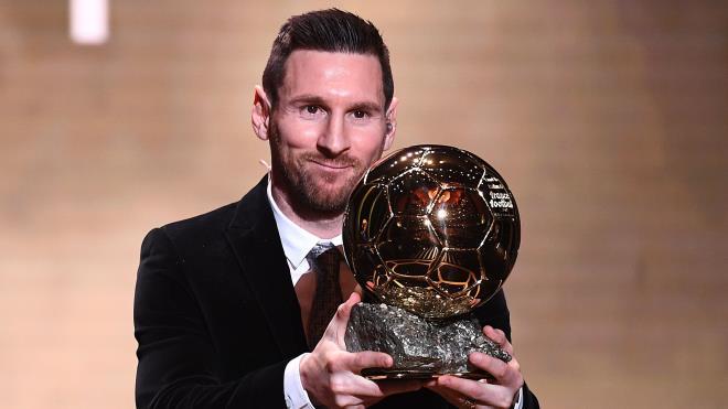 Tiết lộ chấn động của Messi sau quyết định ở lại Barca