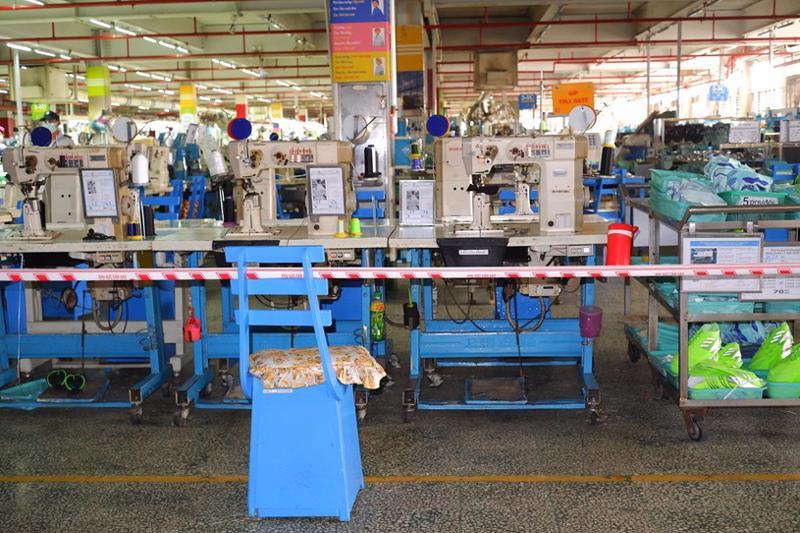 Hơn 10.000 công nhân PouYuen nghỉ làm, xét nghiệm tầm soát Covid-19 - VTC Now